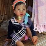 baby met ringen_FEM-watermerk