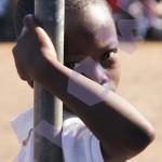 jongen poseert_FEM-watermerk